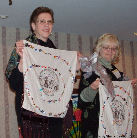 Cochairs-Joanne-and-Pat-with-Thankyou-gifts